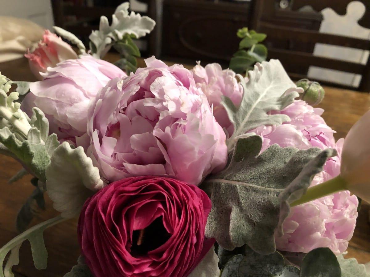 peony flower arrangement