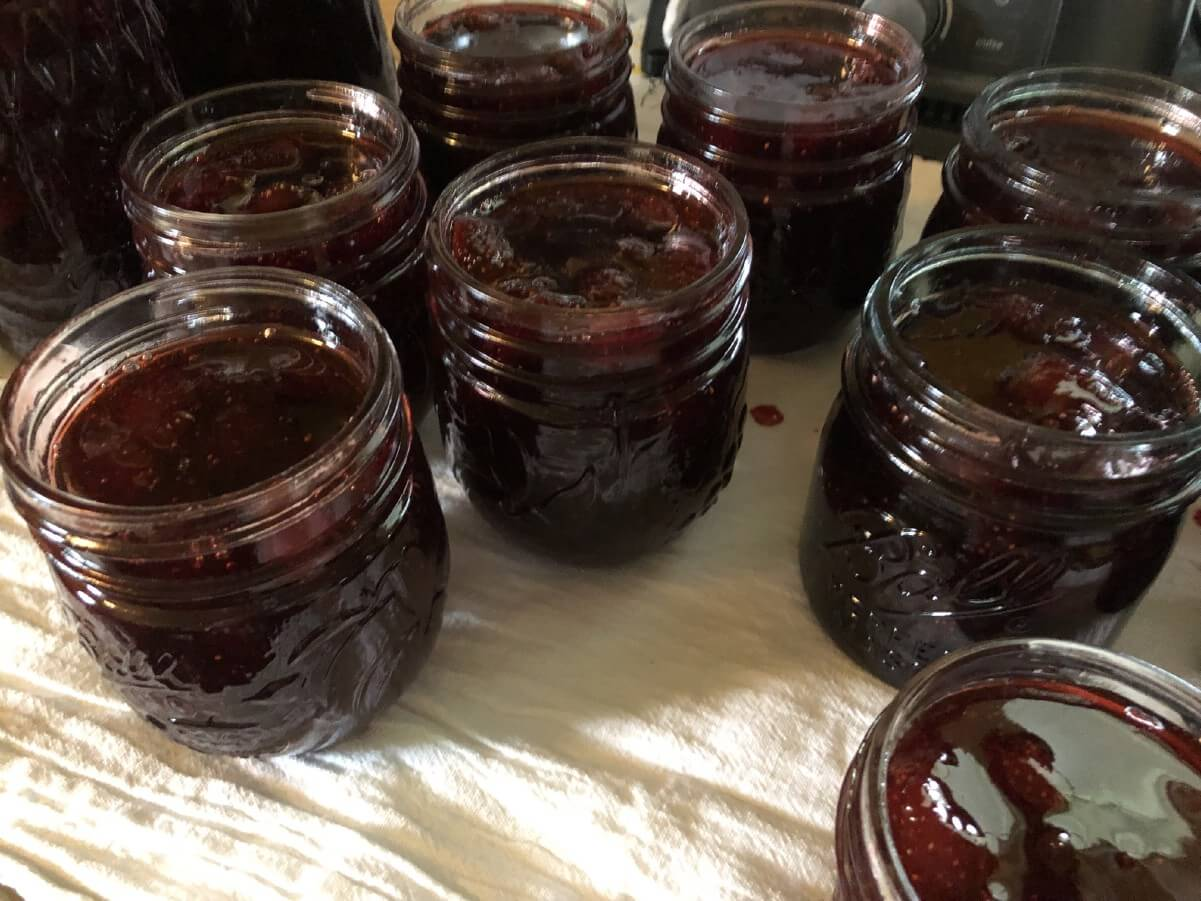 filled jam jars to be canned