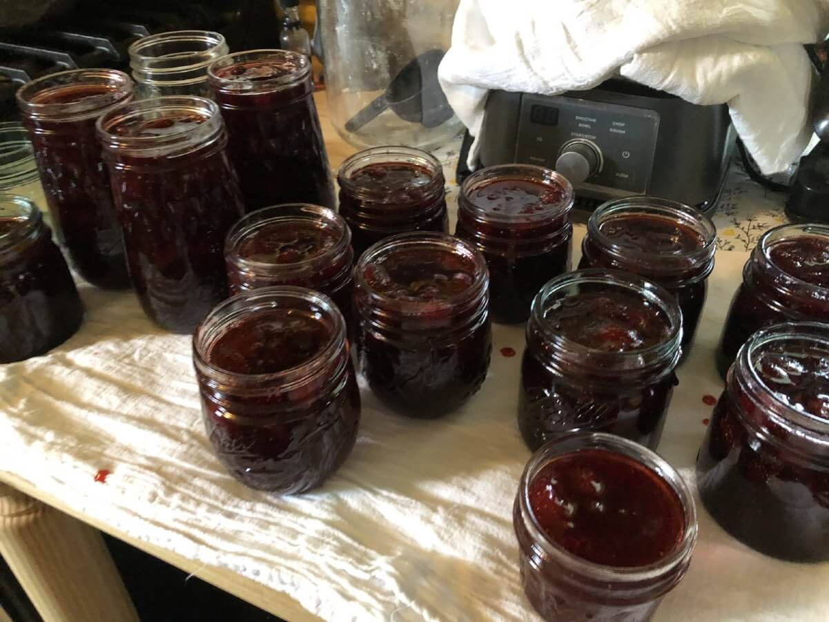 jam waiting to be capped